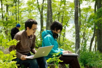 こんな環境で毎日作業できたらどんなに素敵でしょう。野尻湖合宿